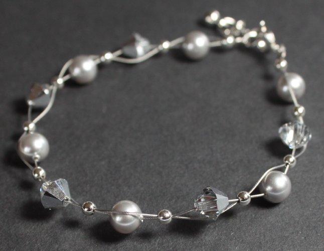 armband armkettchen mit swarovski kristallen perlen. Black Bedroom Furniture Sets. Home Design Ideas